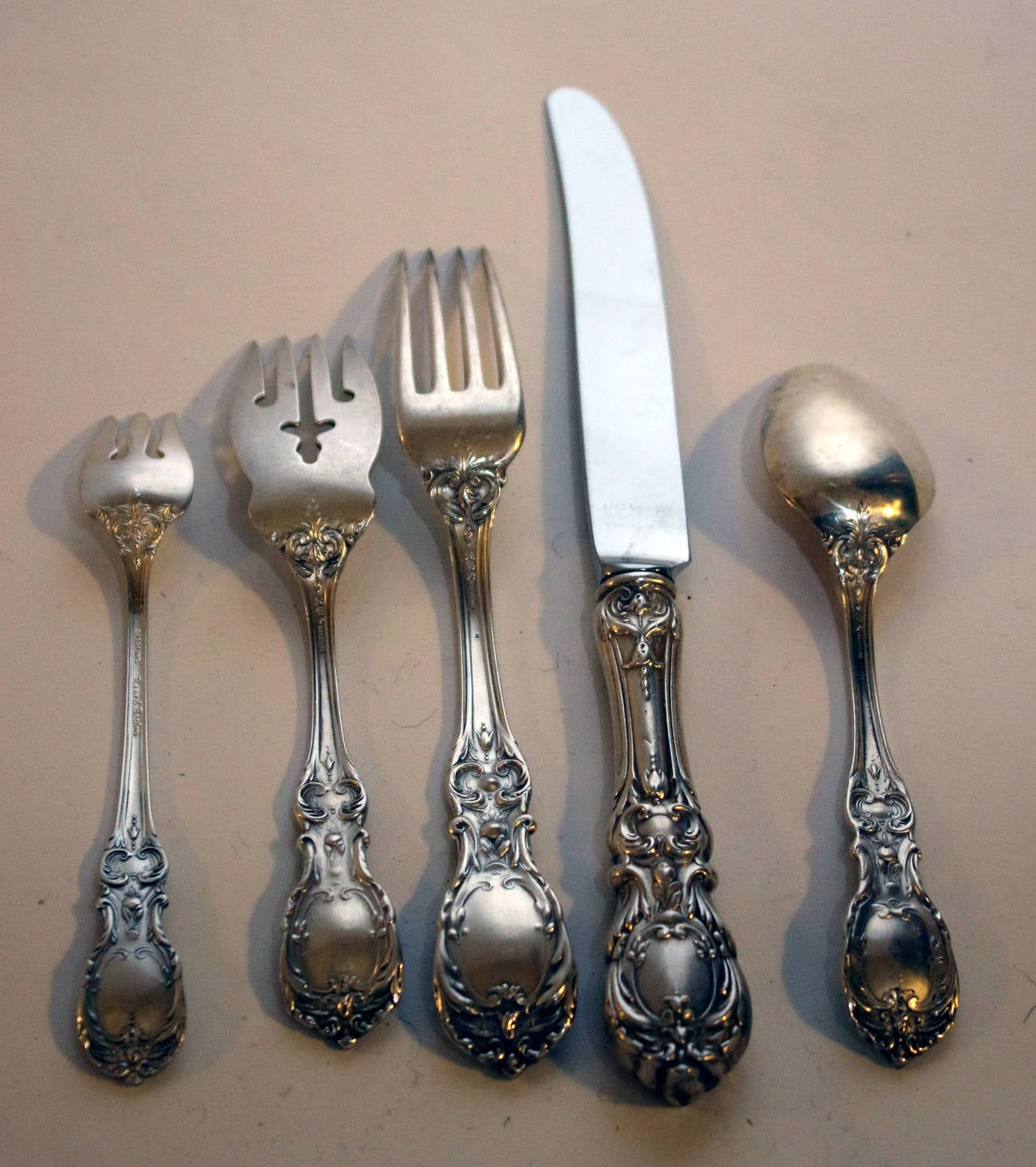 Baroque Francis 1st Sterling Silver Reed & Barton Flatware Service 52 Piece Set  For Sale