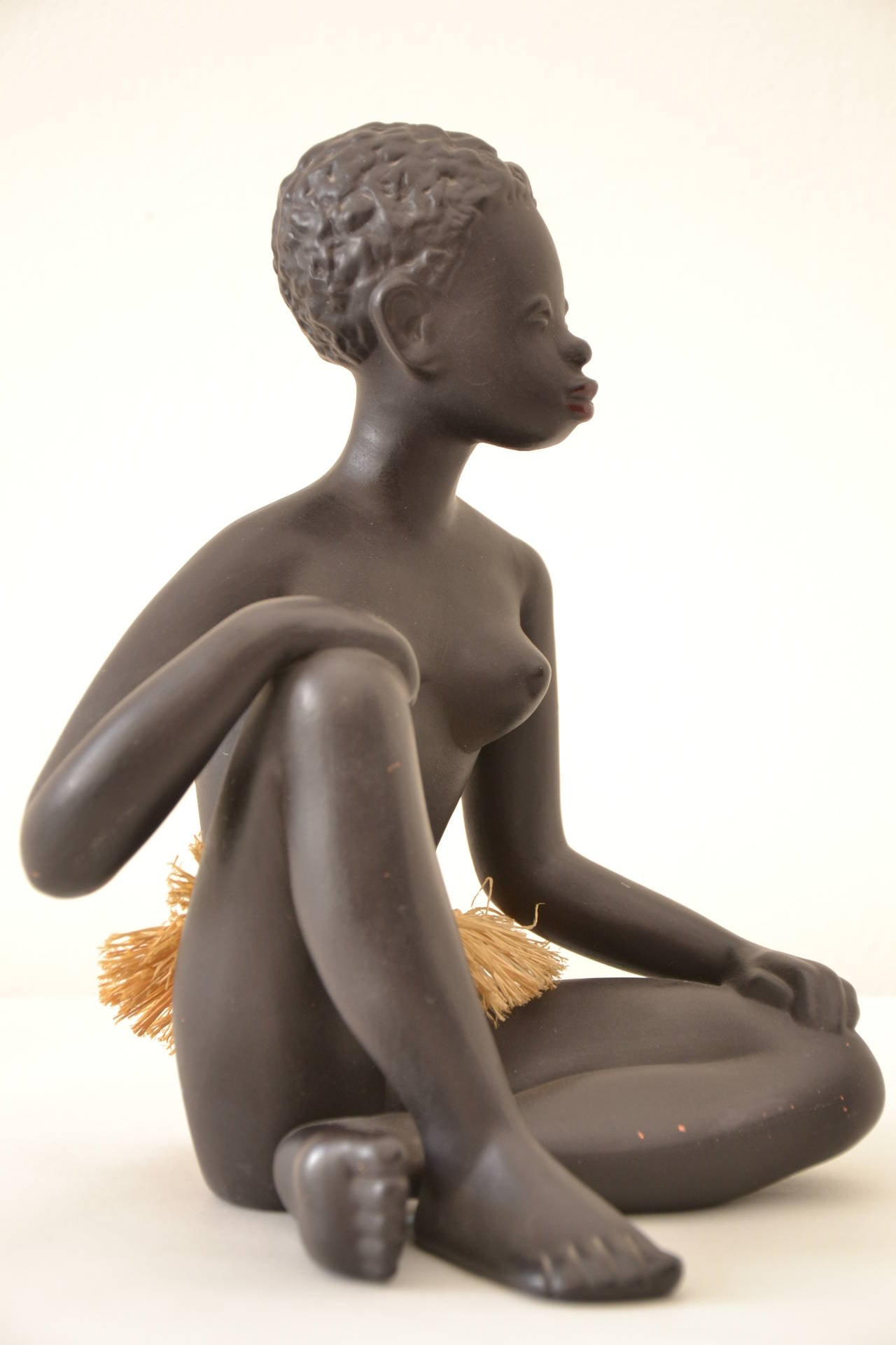 Exotic African Women Sculpture by Leopold Anzengruber, Vienna 1950s 2
