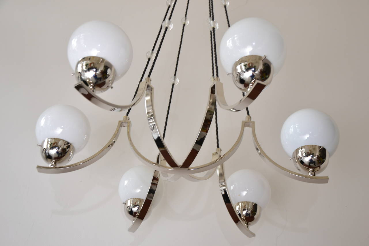 Art Deco Nickel-Plated Chandelier In Excellent Condition For Sale In Wien, AT
