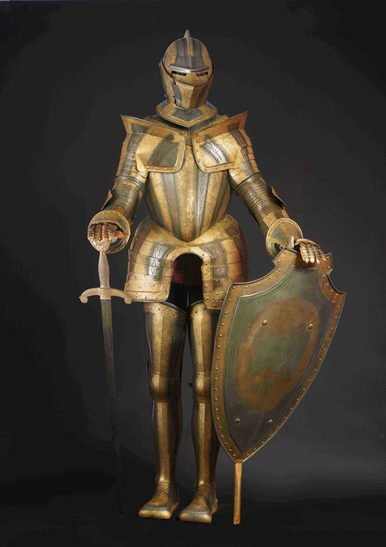 Metal Suit z Metal Suit of Armour Image