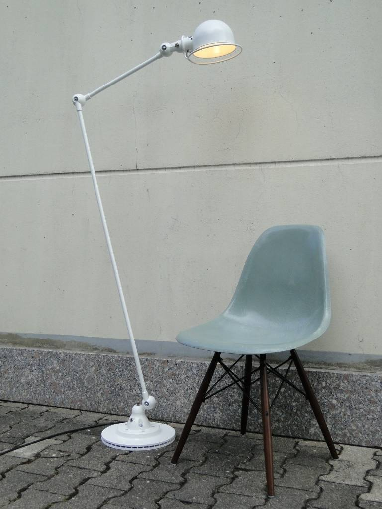 195039s jielde french industrial 2 arms floor lamp white at for Floor lamp 2 arms