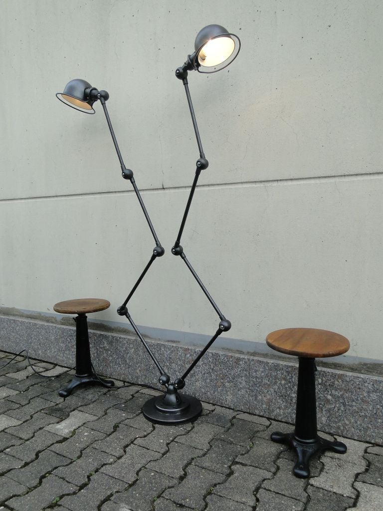 Double four arm jielde french industrial floor reading for Double floor lamp reading