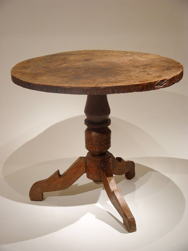 colonial era round table for sale at 1stdibs. Black Bedroom Furniture Sets. Home Design Ideas