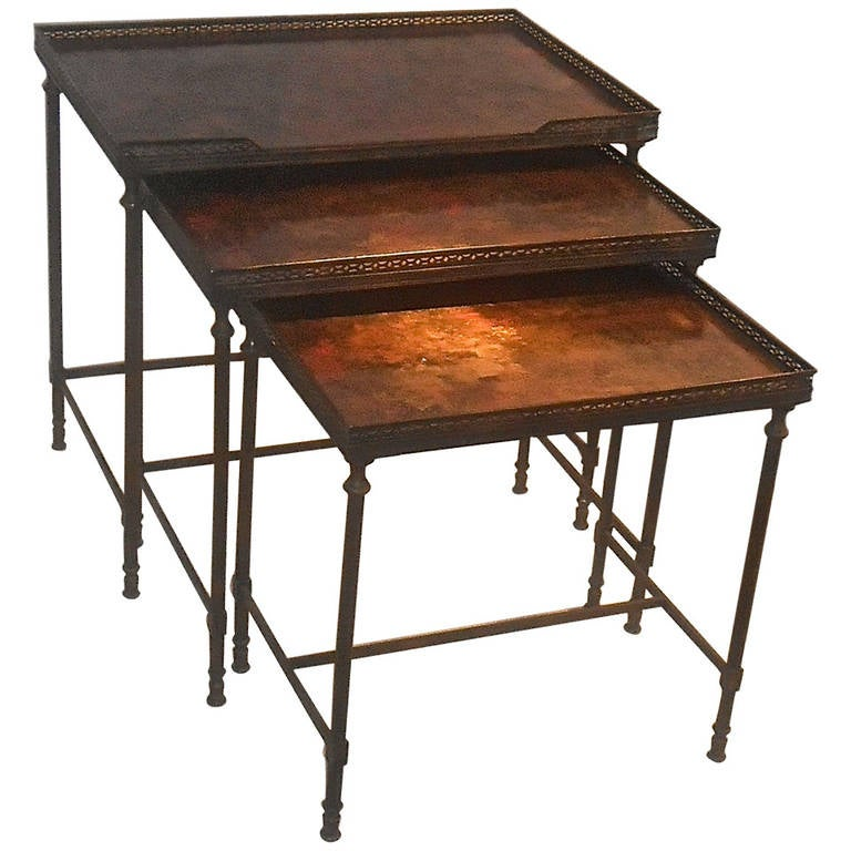 Elegant Set of Nesting Tables