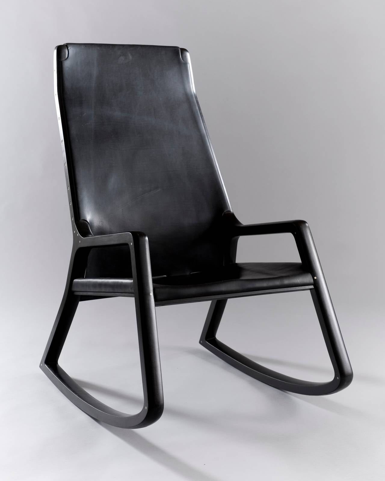 1890 Shaker 6 Mushroom Capped Rocker Chair with Shawl Bar at 1stdibs