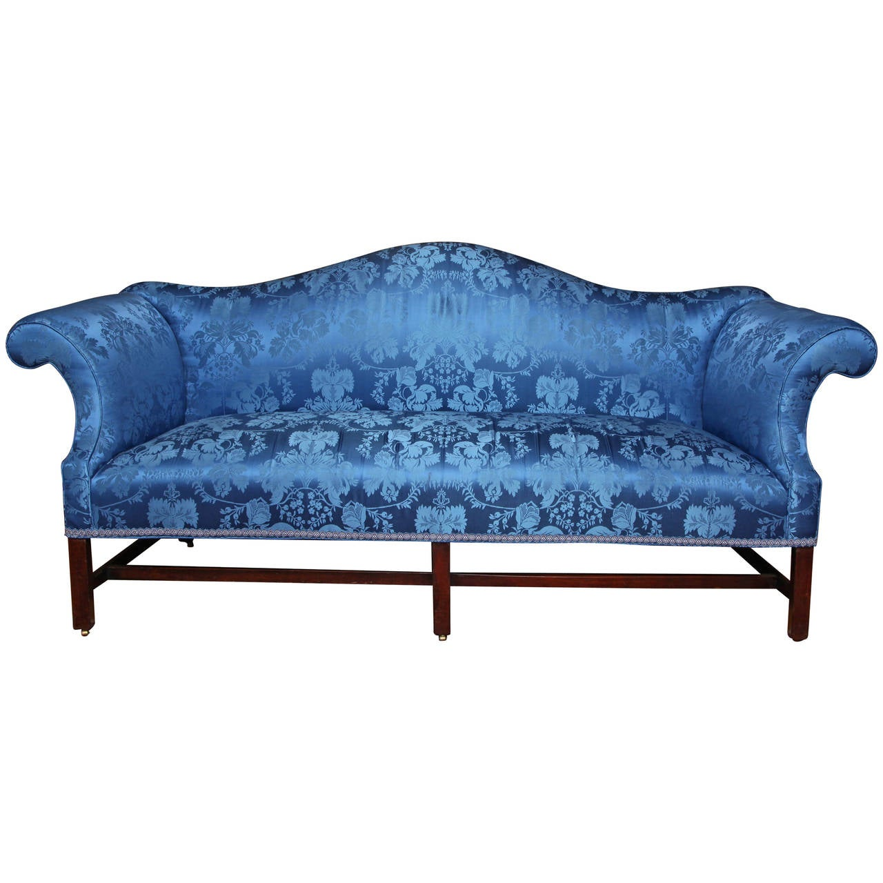 19th Century Chippendale Style Camelback Mahogany Sofa For Sale At 1stdibs