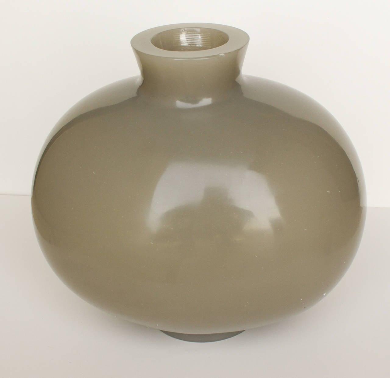 American Robert Kuo Carnelian Grey Cocoon Vase For Sale