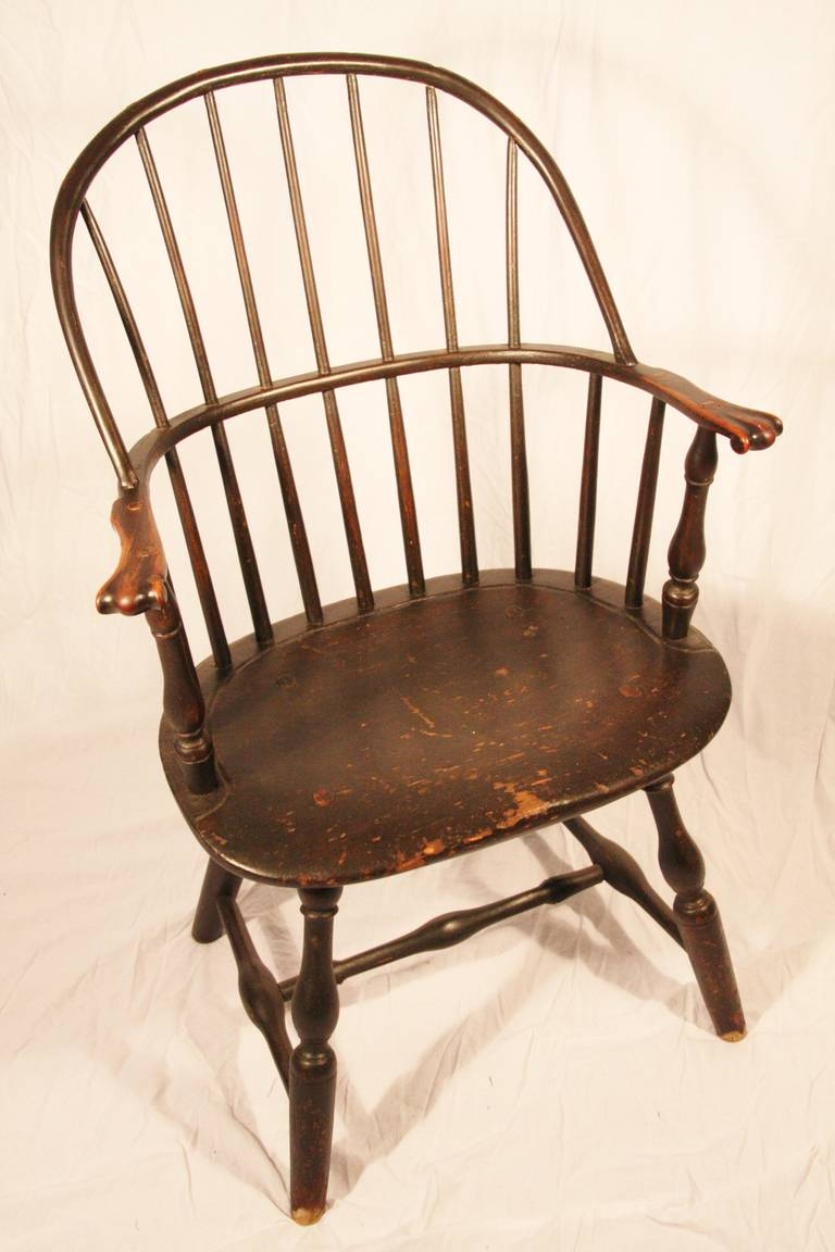 American Colonial 18th Century Connecticut Sack Back Knuckle Arm Windsor Chair For