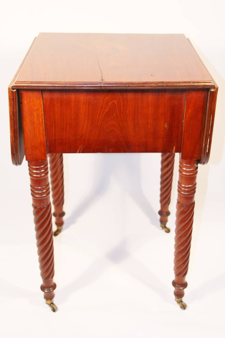 19th Century Sheraton Mahogany Work Table with Birdseye Maple Drawers For Sale 3