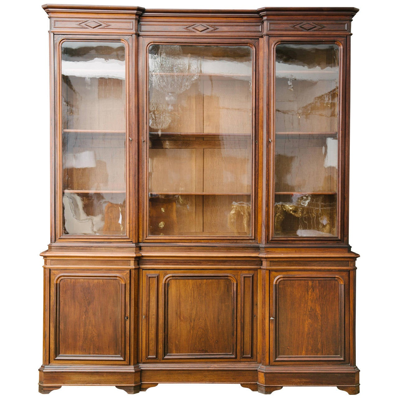 19th century french louis philippe walnut bibliotheque for. Black Bedroom Furniture Sets. Home Design Ideas