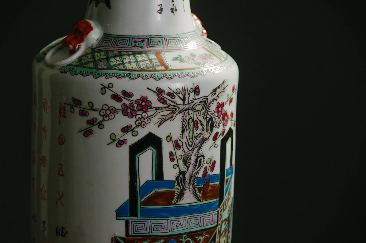 Chinese Export Pair of Chinese Polychrome Vases For Sale