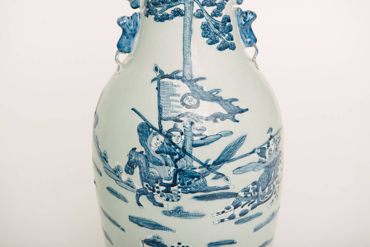 Chinese Hand Painted Porcelain Vases In Good Condition For Sale In Houston, TX