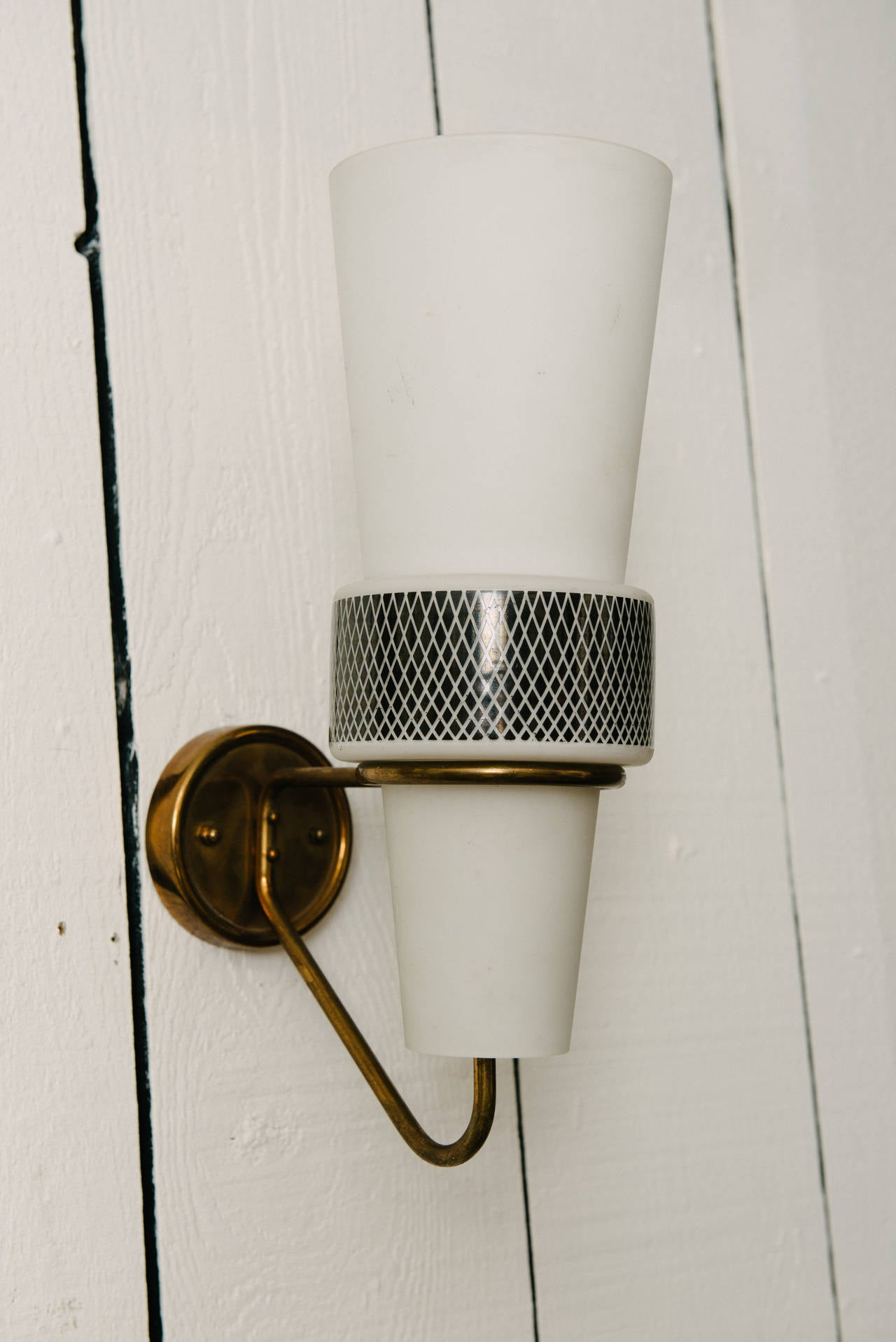 Mid-Century Modern Pair of Mid-Century Sconces For Sale