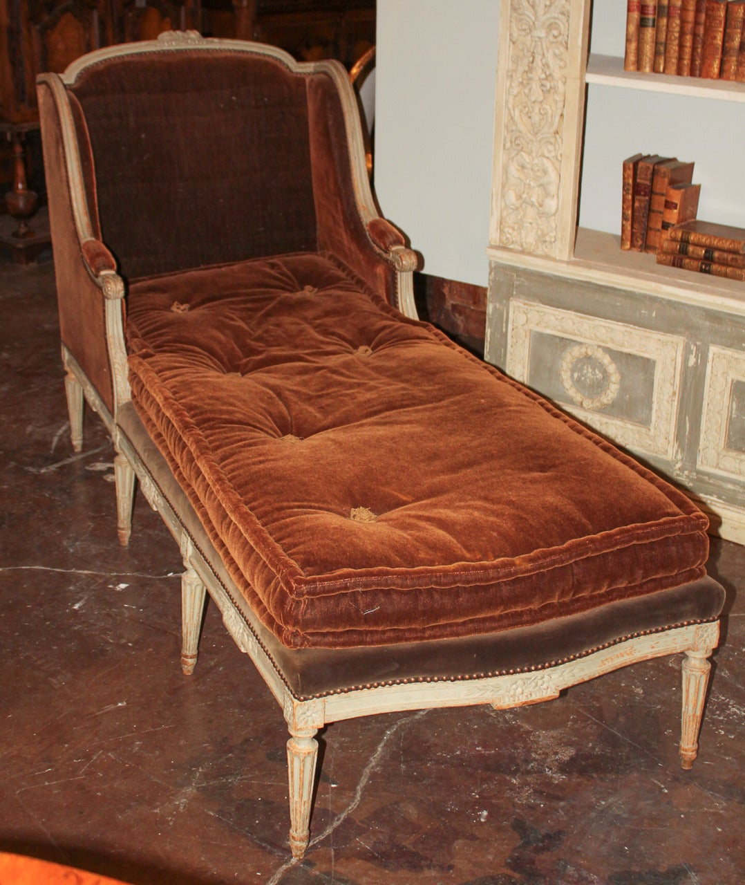 19th c french louis xvi chaise longue for sale at 1stdibs for Chaise louis xvi