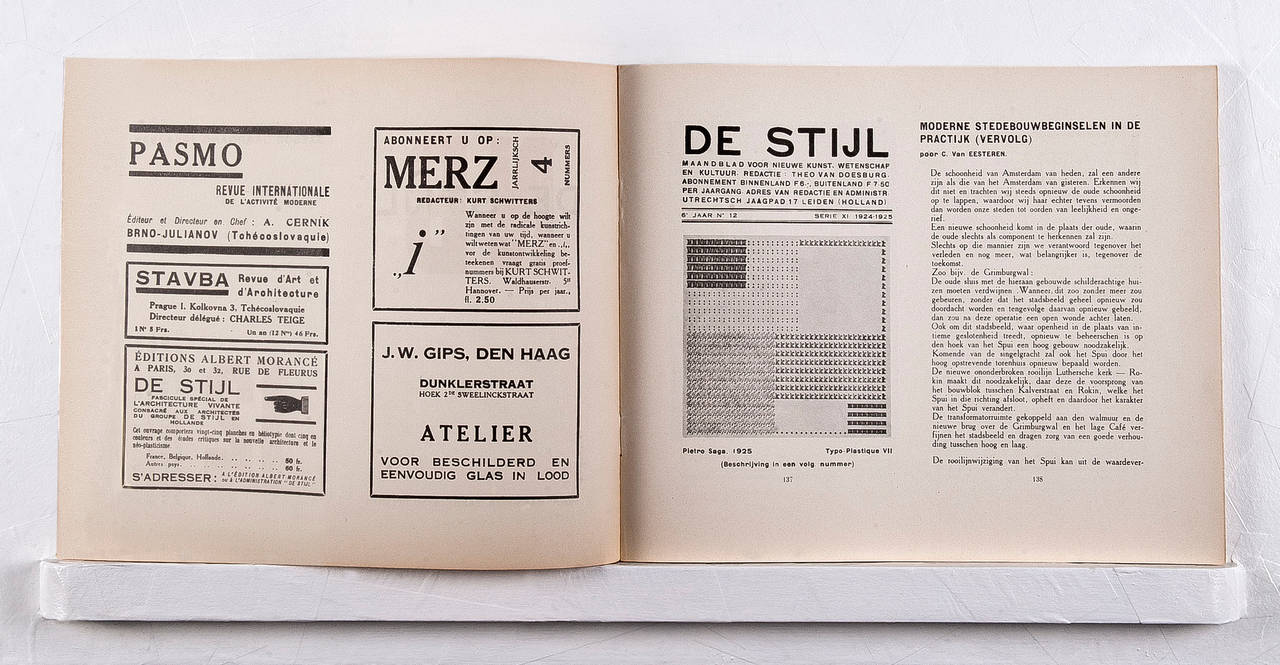 De Stijl's sixth volume was published in landscape format. It had changed from the original format (245 x 185mm) in its fourth year, with new typography and logo. The design by Mondrian and Van Doesburg became De Stijl's international face. This