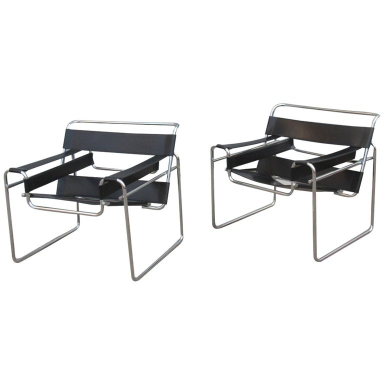 Pair of Marcel Breuer B3 Wassily Chairs Gavina, Italy Black Color Silver, 1970 For Sale