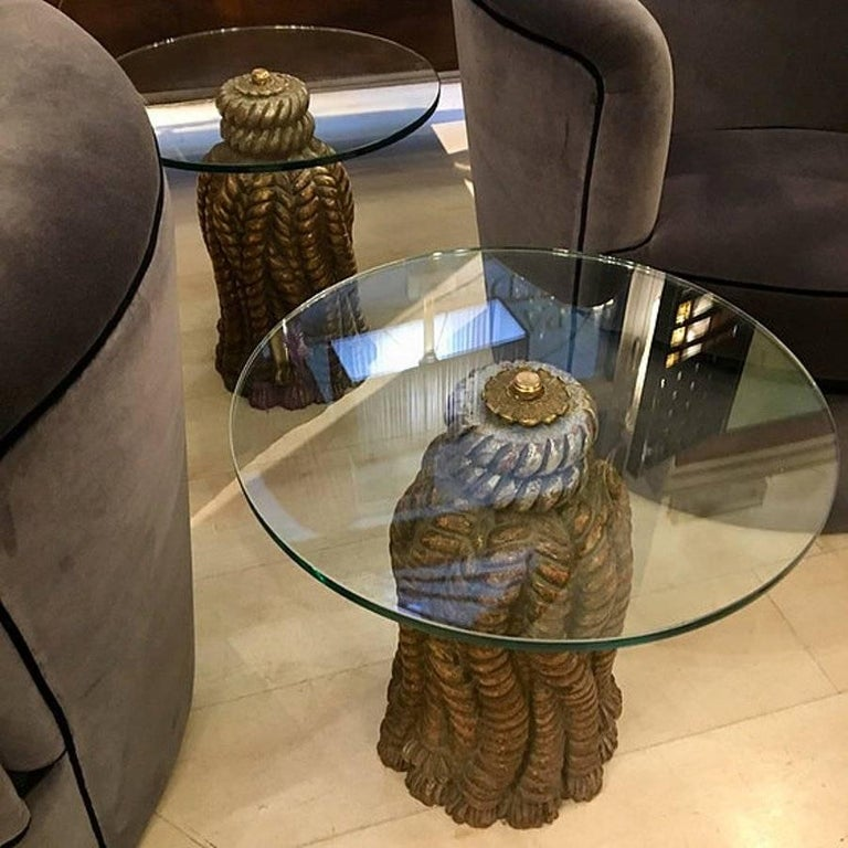Mid-20th Century Pair of Italian Golden Carved Wood Tables Round with Crystal Top, 1950s For Sale