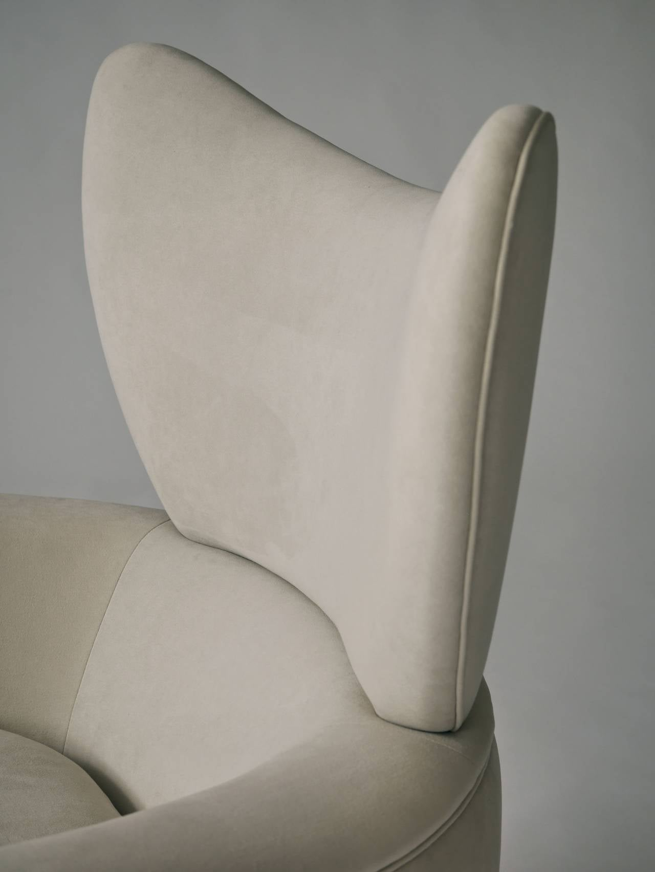 Vladimir Kagan Swivel Lounge Chair and Ottoman 8