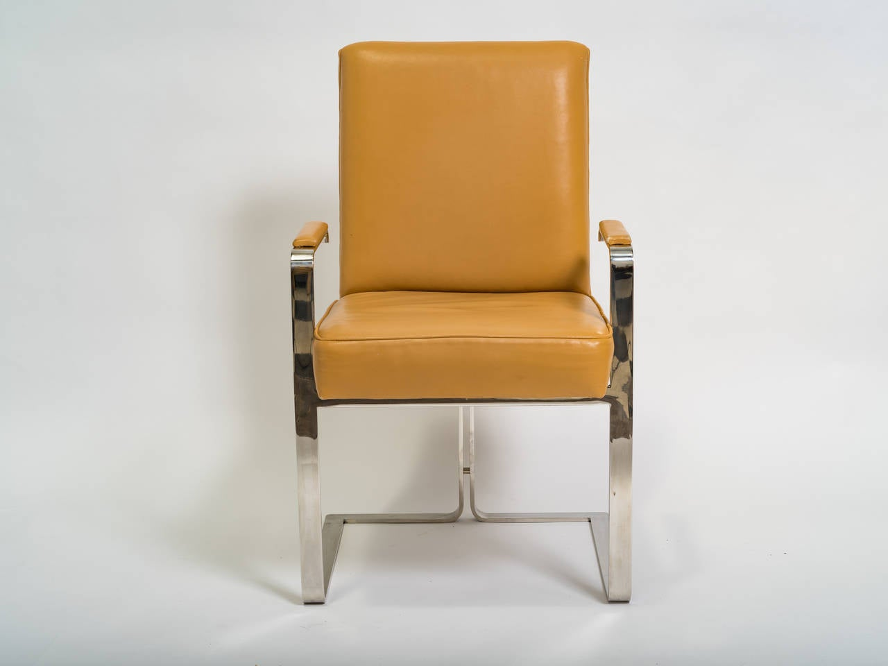 Vladimir Kagan Chrome and Leather Chair In Good Condition For Sale In Tarrytown, NY