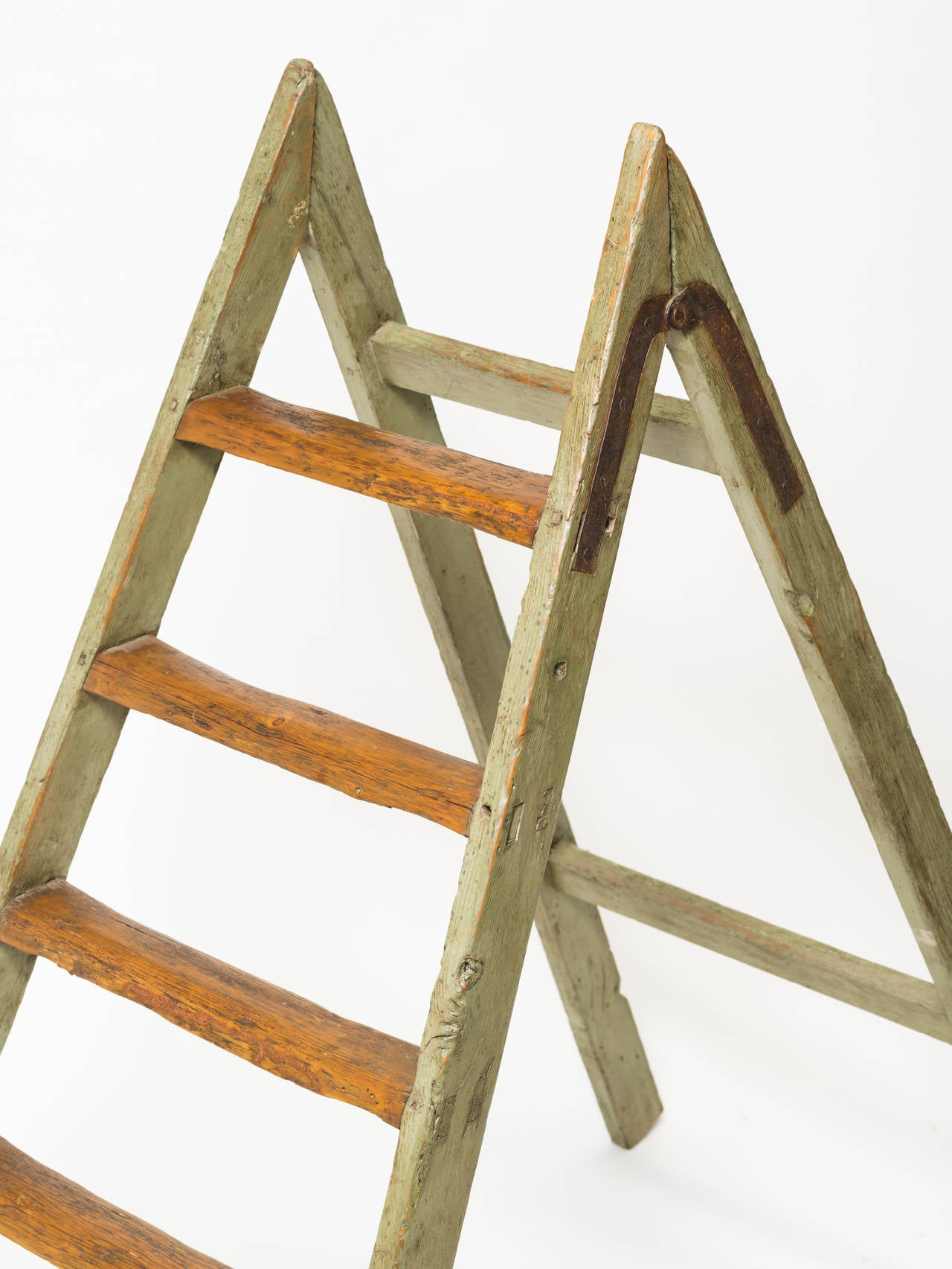 Antique Style Ladder For Sale at 1stdibs