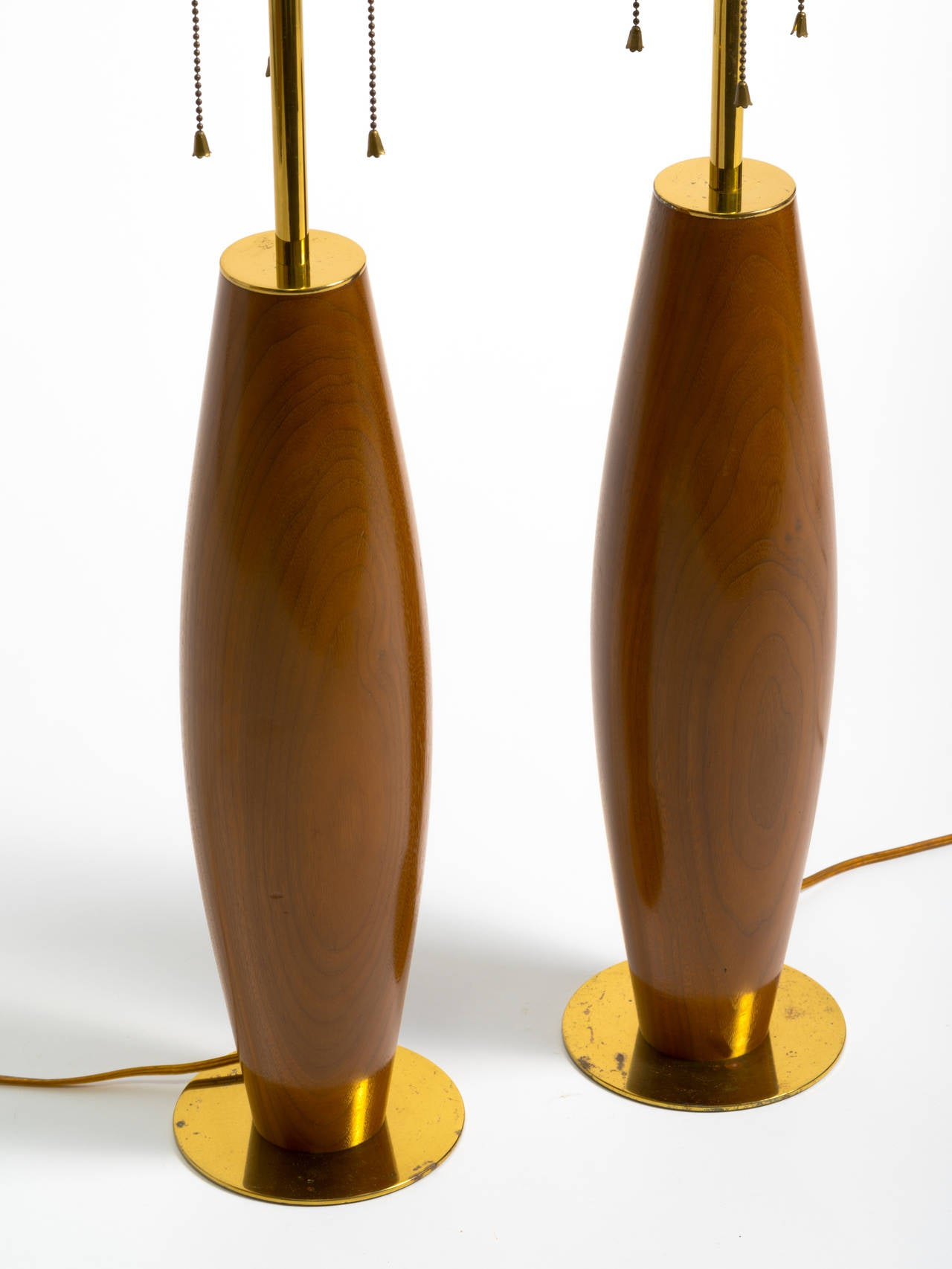 Pair of Monumental Walnut and Brass Table Lamps In Good Condition For Sale In Tarrytown, NY