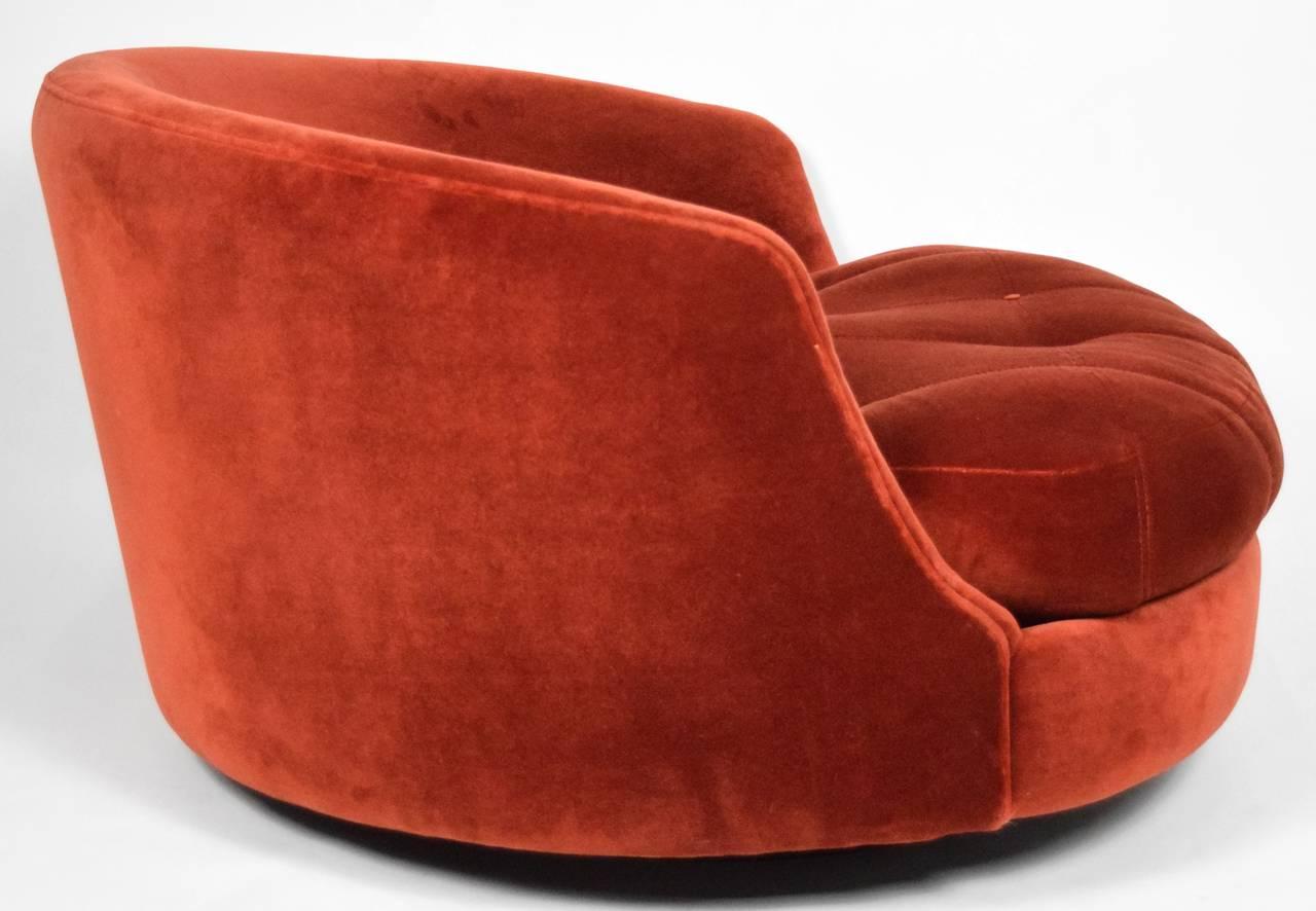 Milo Baughman Swivel Tub Chair image 4