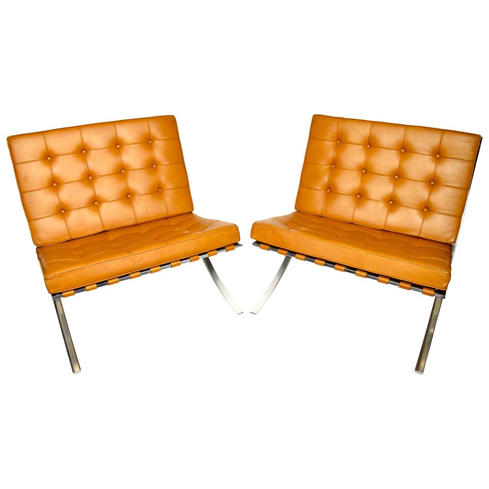 pair of mies van der rohe barcelona chairs at 1stdibs. Black Bedroom Furniture Sets. Home Design Ideas