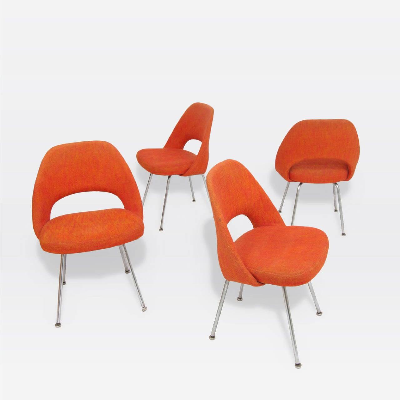 20 set of four early eero saarinen chairs at 1stdibs 6 blac