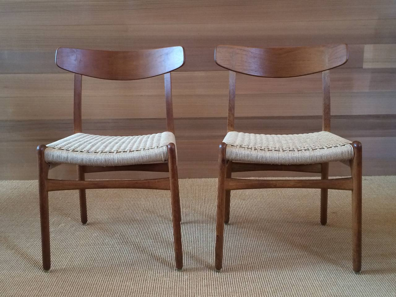 Mid-Century Modern Museum Quality Hans Wegner Chairs in Oak and Paper Cord, 1950 For Sale