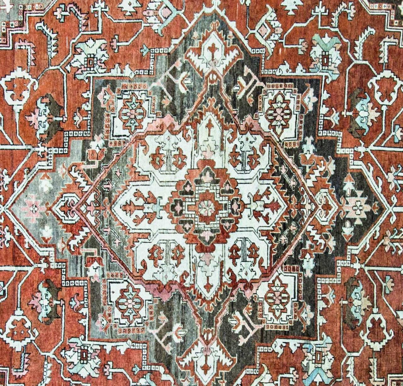 Antique Serapi Carpet, Persian At 1stdibs