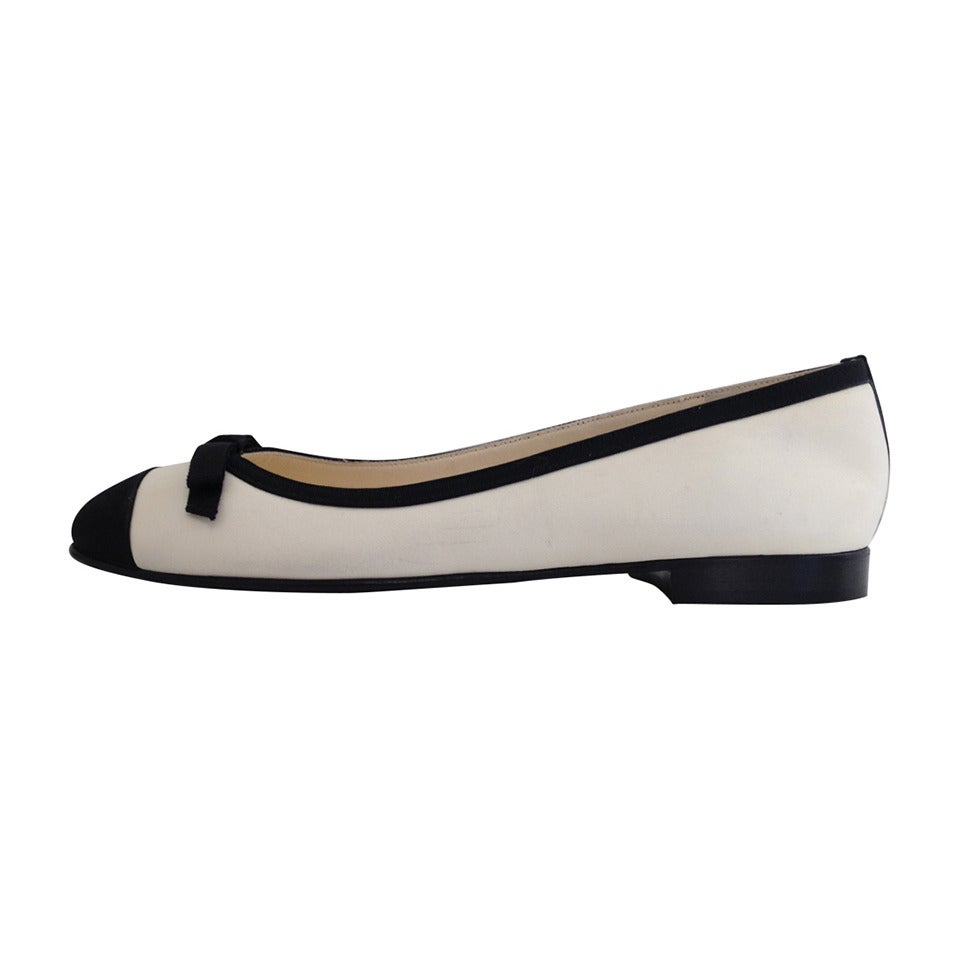 Chanel Black and White Leather Ballet Flats at 1stdibs
