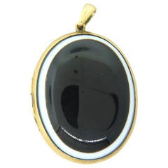 Victorian Banded Agate Gold Locket Pendant