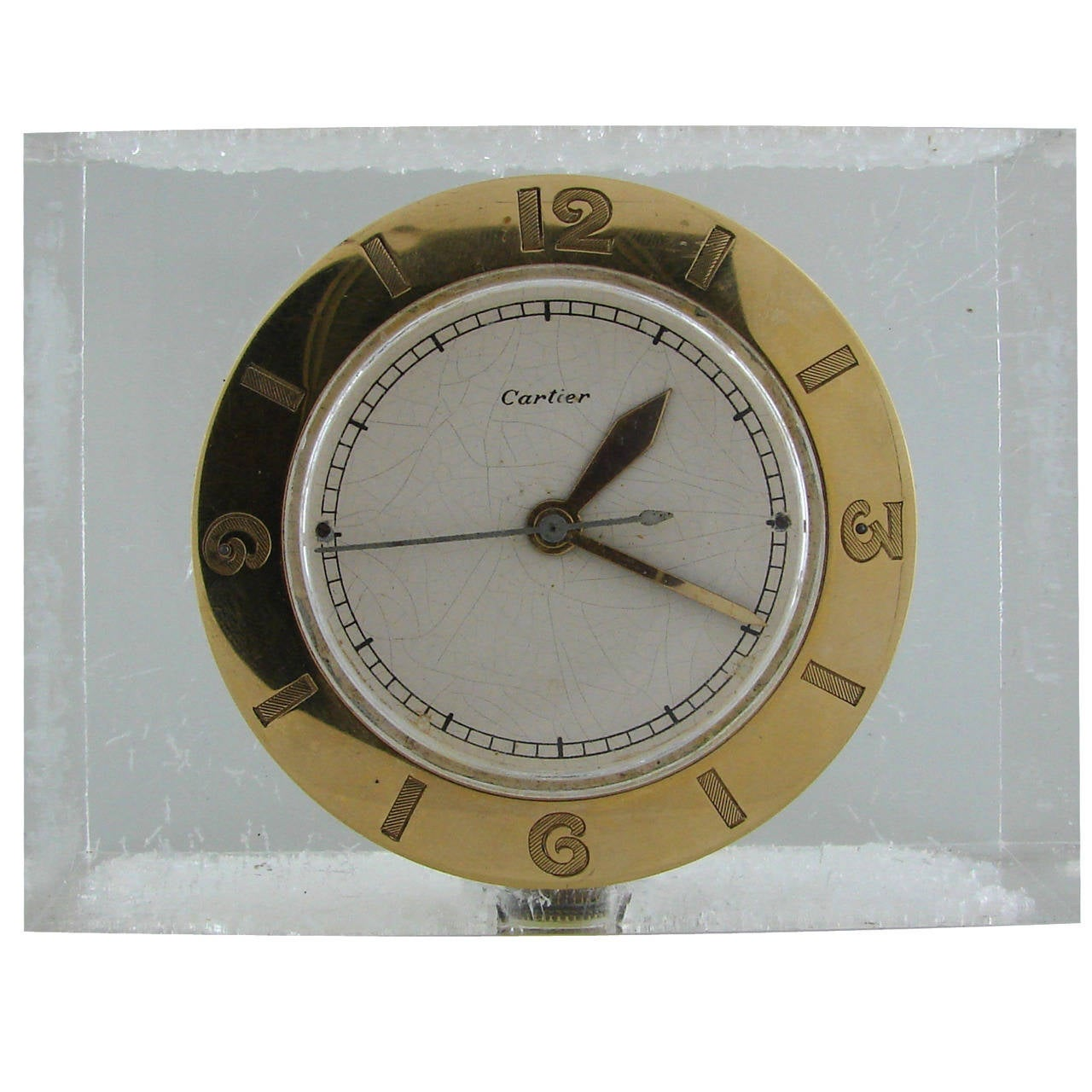 Cartier Lucite and Yellow Gold Desk Clock with Lecoultre Movement circa  1950s For Sale - Cartier Lucite And Yellow Gold Desk Clock With Lecoultre Movement
