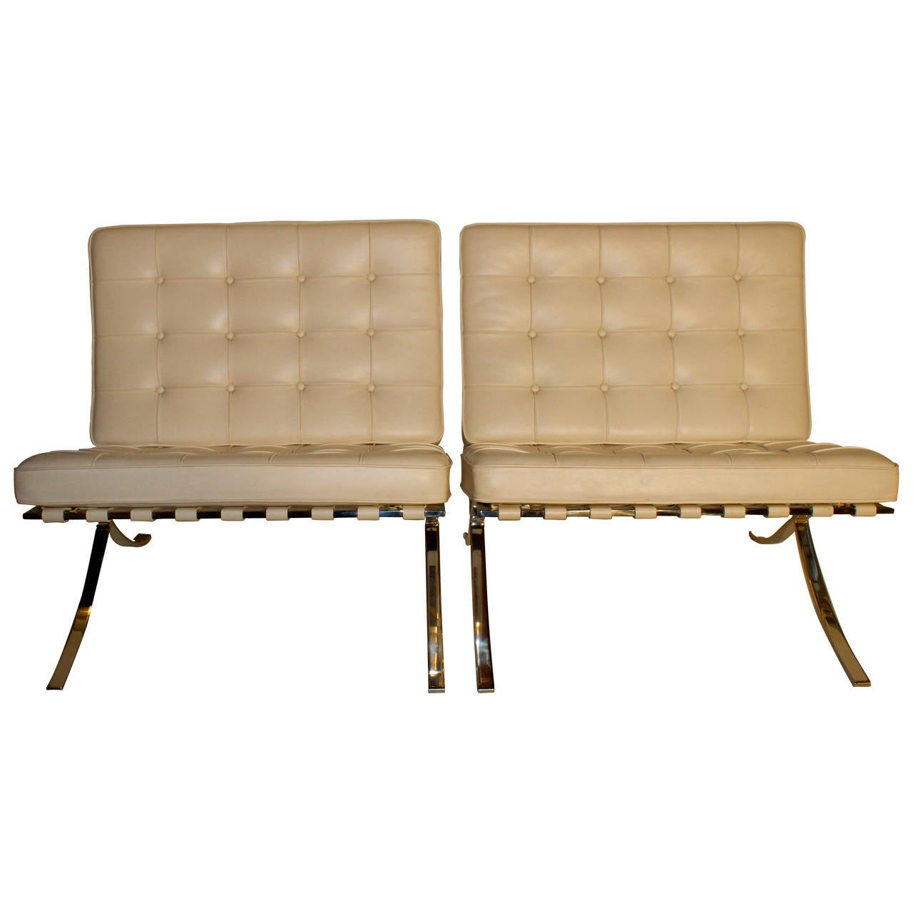 this knoll barcelona chair and ottoman is no longer available