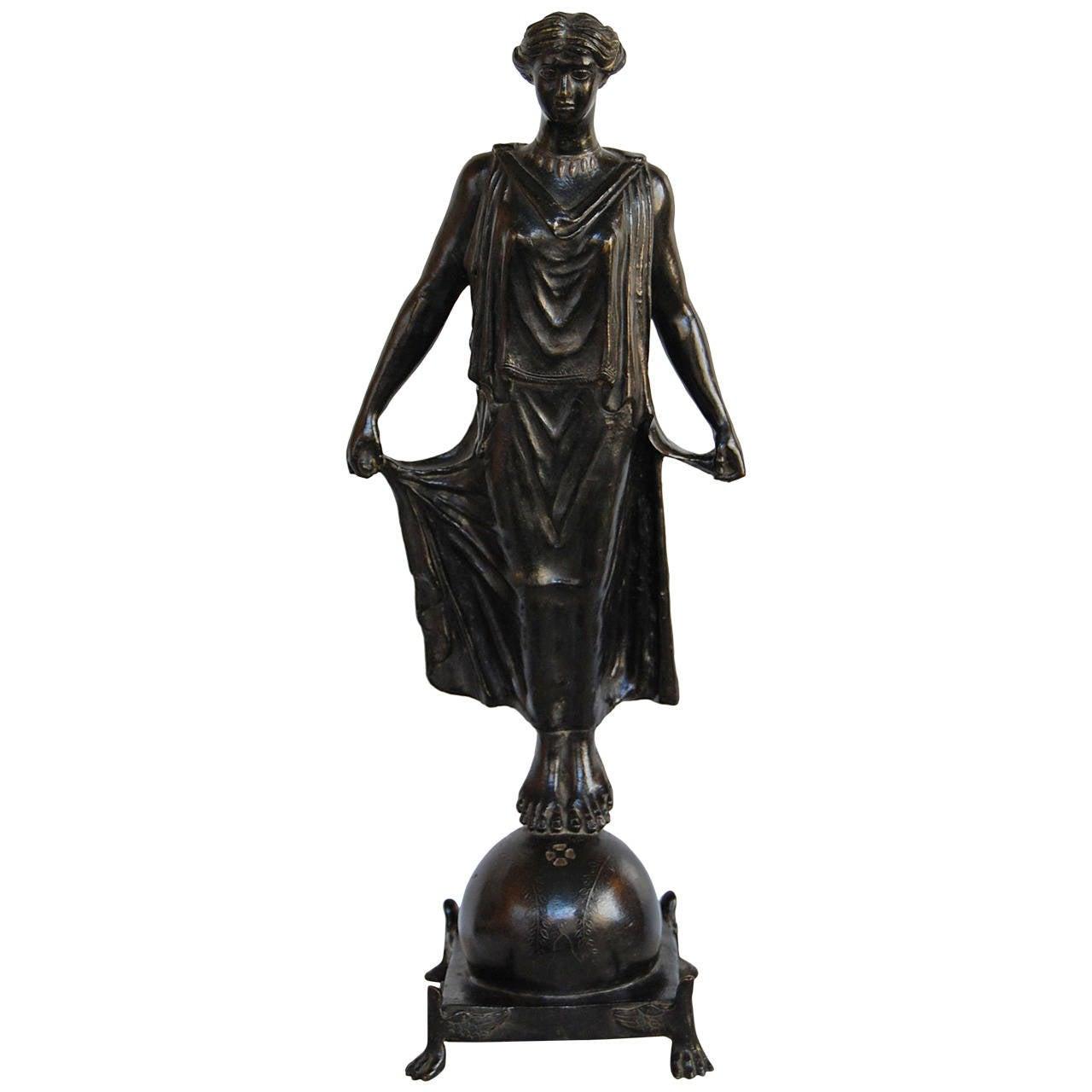 19th Century Bronze Statue of Female Figure, in the Style of G. Nisini, Roma For Sale