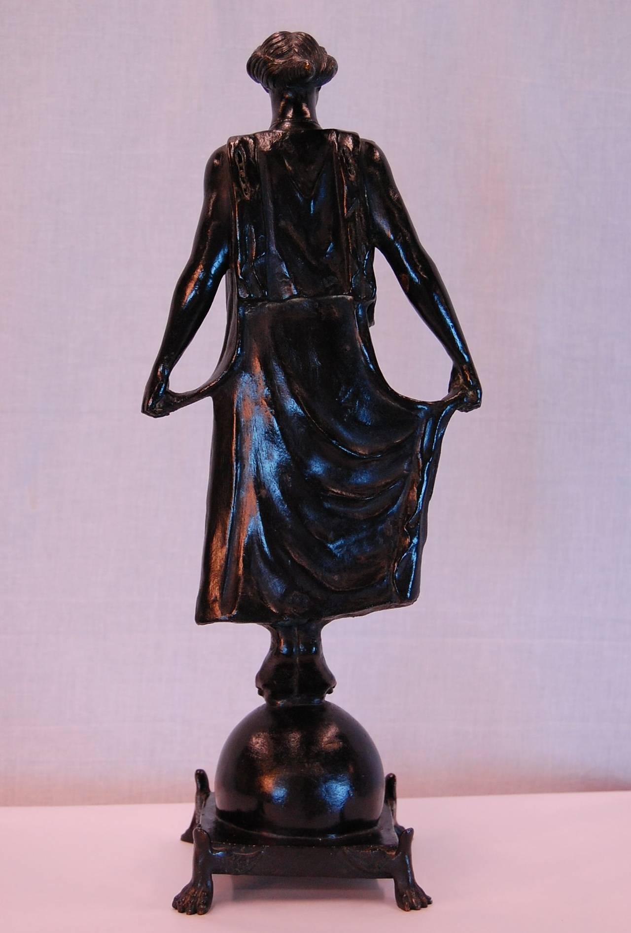 Grand Tour 19th Century Bronze Statue of Female Figure, in the Style of G. Nisini, Roma For Sale