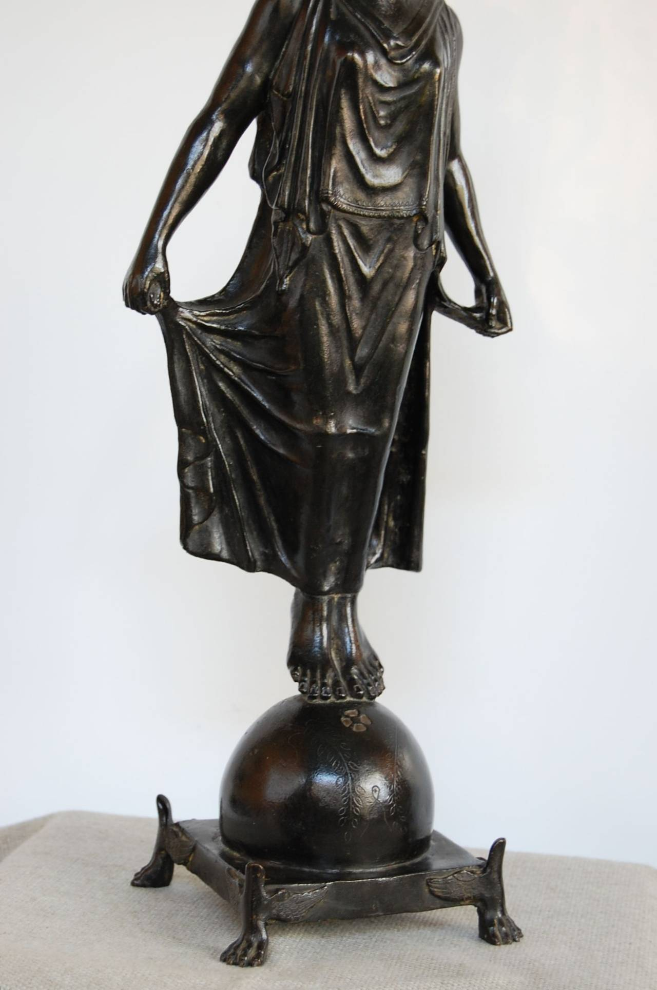 19th Century Bronze Statue of Female Figure, in the Style of G. Nisini, Roma In Excellent Condition For Sale In Pittsburgh, PA