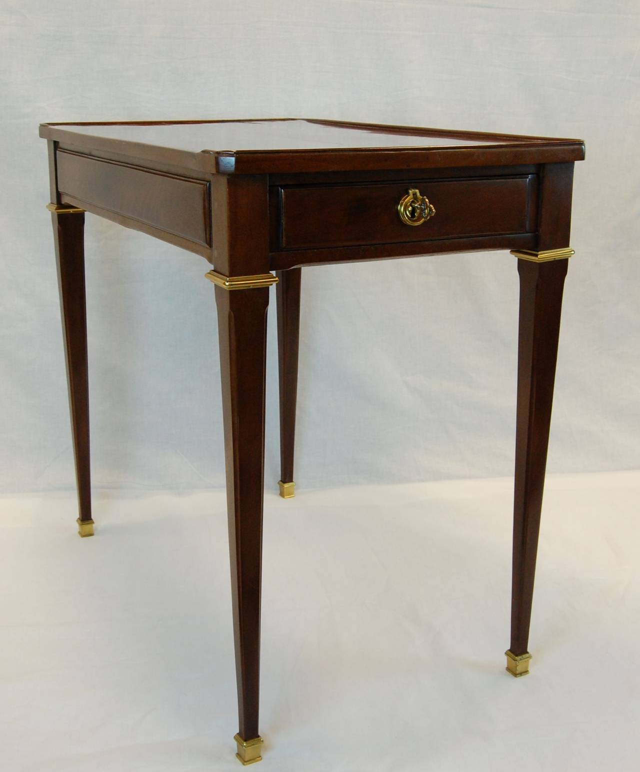 Royal louis xvi mahogany table ecrire circa 1787 stamped riesener at 1stdibs - Garde meuble fontainebleau ...