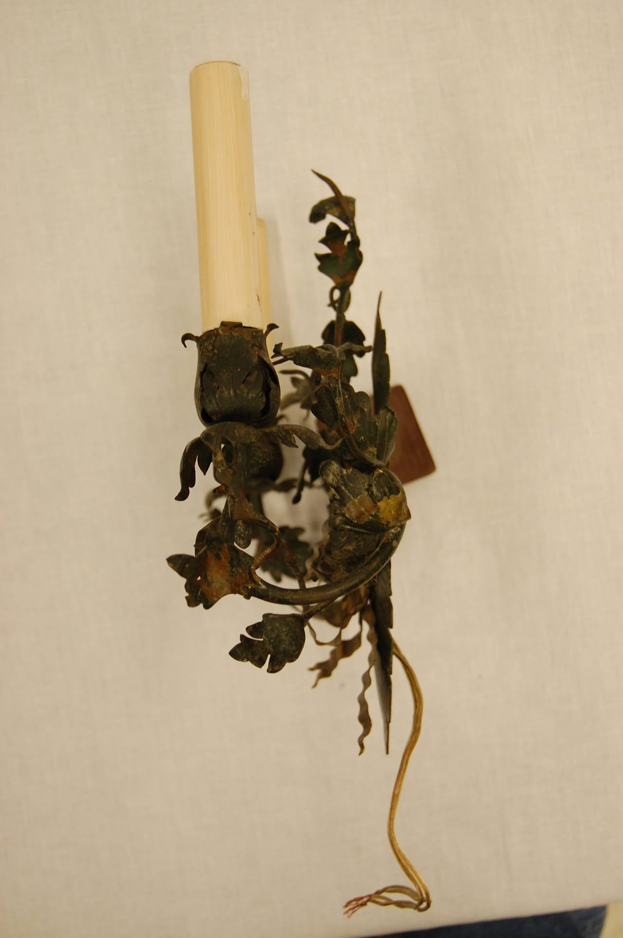 Painting Brass Wall Sconces : French Floral Brass Painted Wall Sconce at 1stdibs