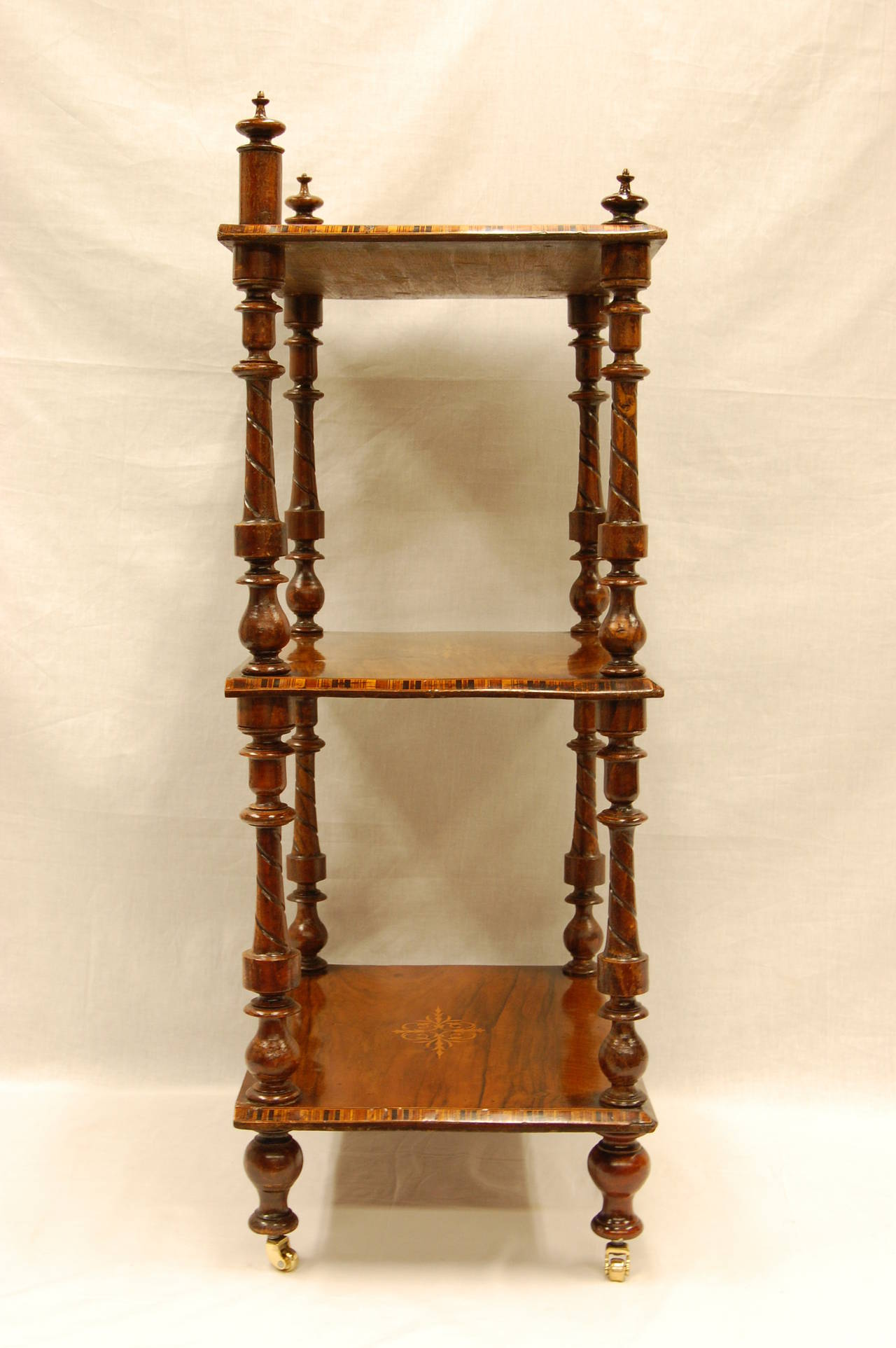 Early Victorian Era Rosewood Book Stand with Satinwood Banding In Excellent Condition For Sale In Pittsburgh, PA