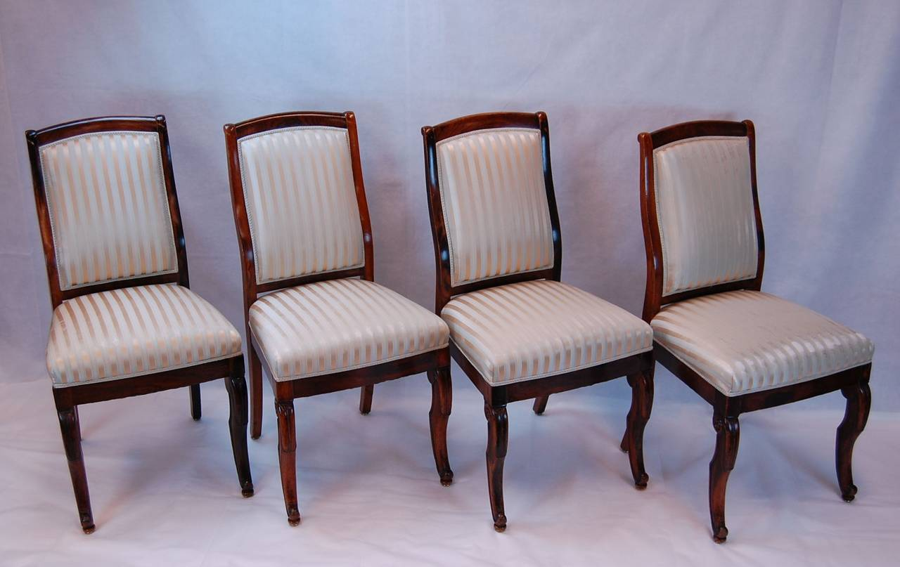 19th Century French Rosewood Side Chairs, Set of Four In Excellent Condition For Sale In Pittsburgh, PA