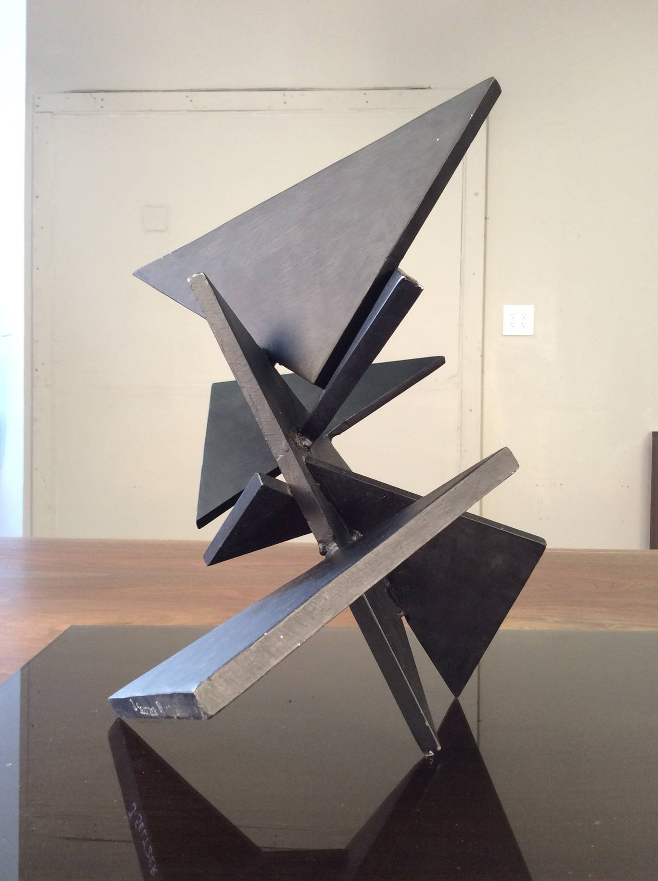 Beau Cut Steel Geometric Constructivist Table Sculpture Composed Of Thick Steel  Triangles, 1984 For Sale