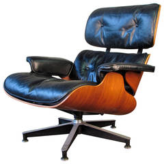 Iconic 670 Lounge Chair by Charles and Ray Eames for Herman Miller