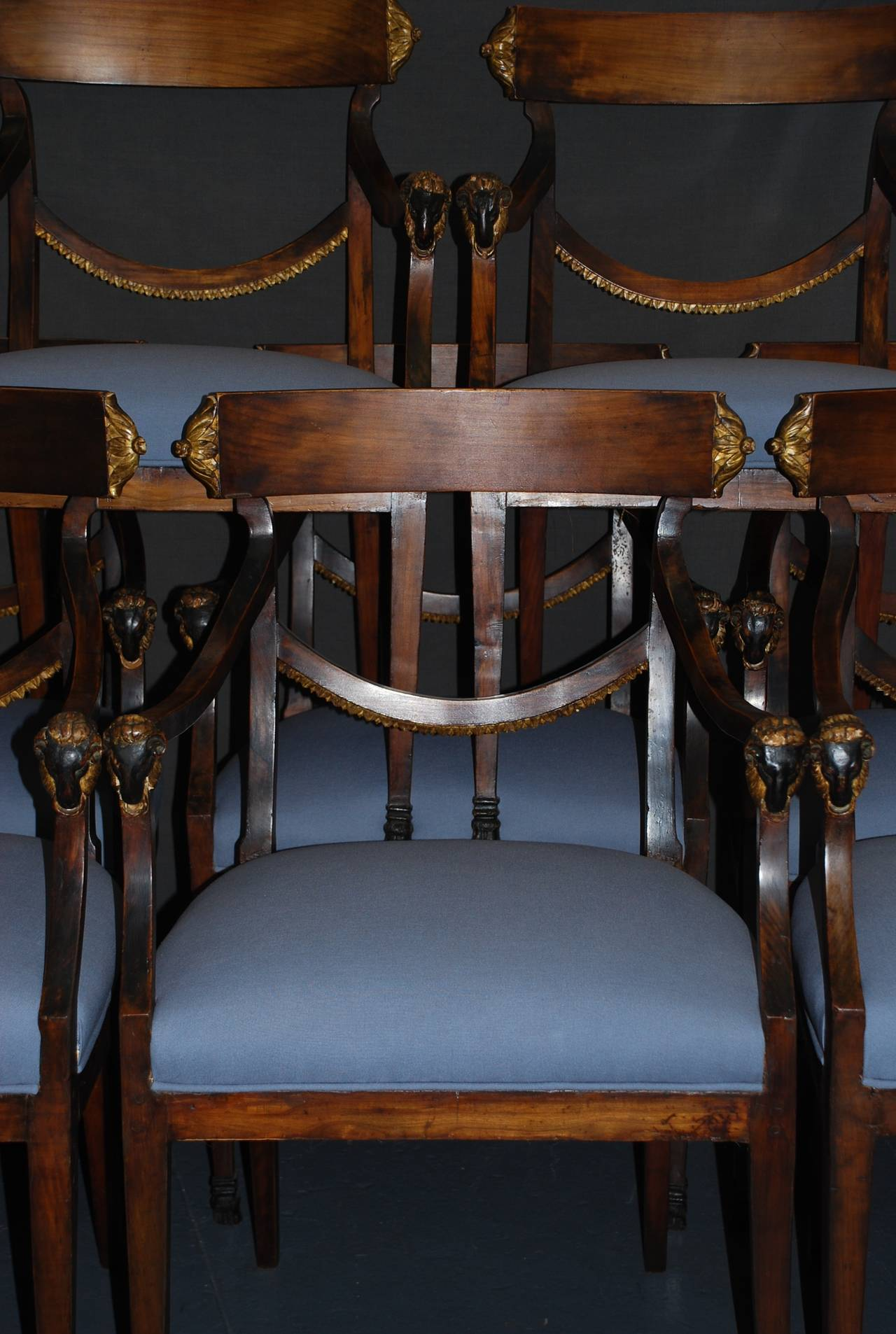 Set of Eight Italian Neoclassical Ram's Head Dining Chairs In Excellent Condition For Sale In New York, NY