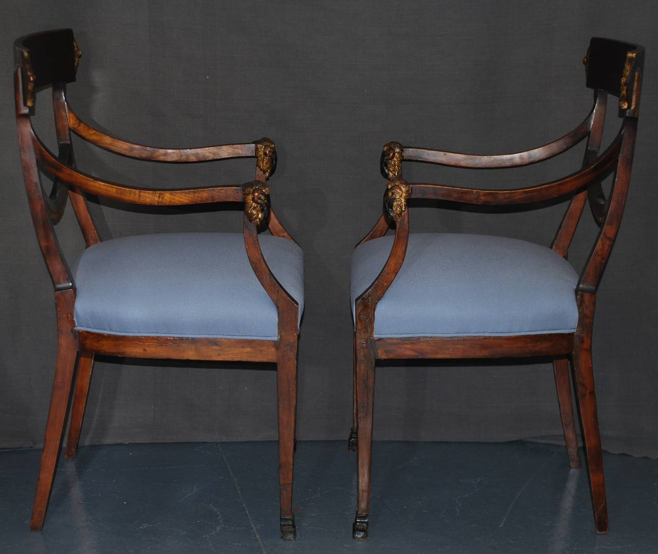 19th Century Set of Eight Italian Neoclassical Ram's Head Dining Chairs For Sale