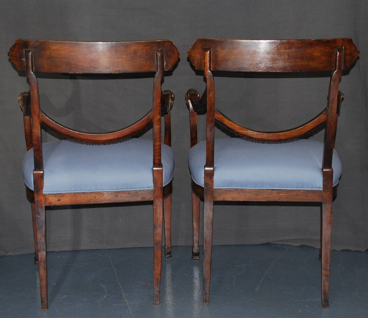 Cherry Set of Eight Italian Neoclassical Ram's Head Dining Chairs For Sale
