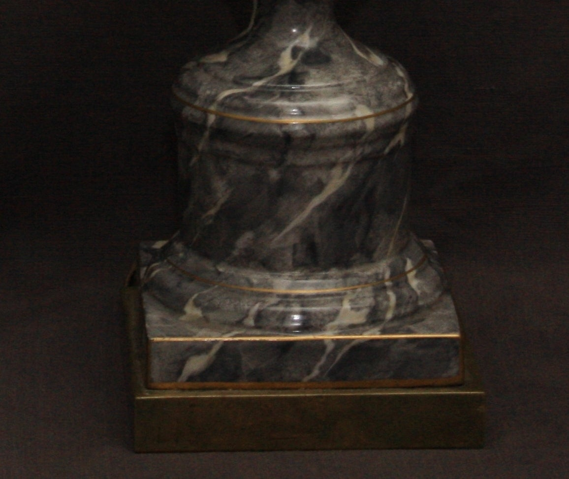 20th Century Pair of Grey Marbleized Urn Lamps For Sale
