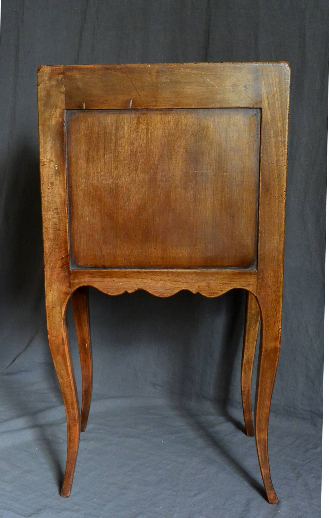 19th Century Continental Walnut Side Table For Sale