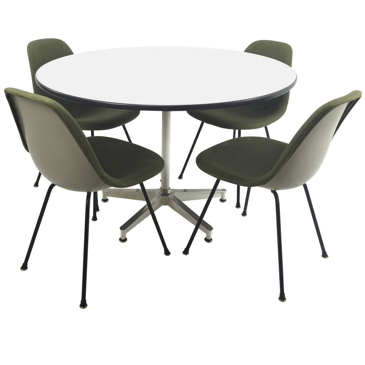 Herman miller eames 670 dining table and four side shell for Side chairs for dining table