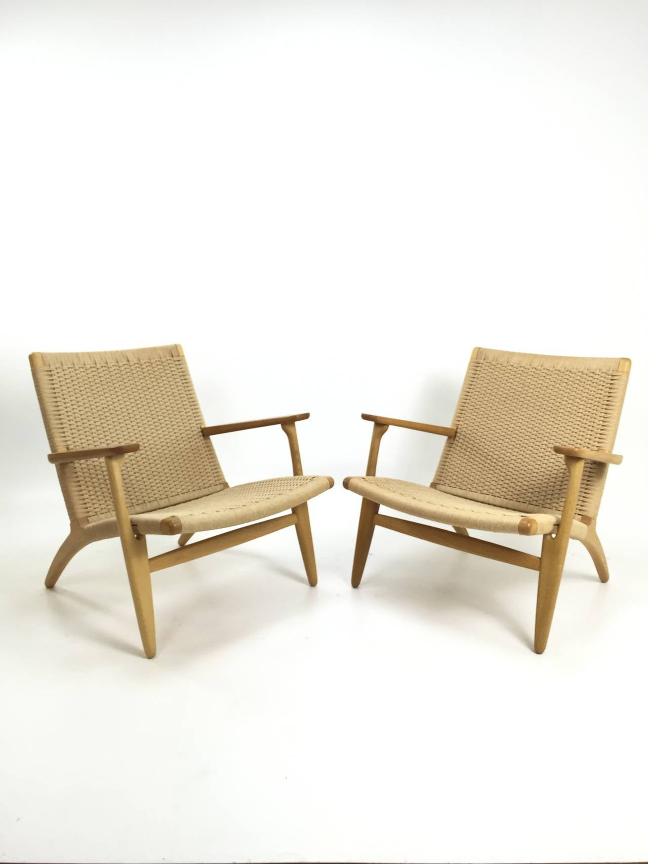 pair of hans wegner ch25 chairs for carl hansen at 1stdibs. Black Bedroom Furniture Sets. Home Design Ideas
